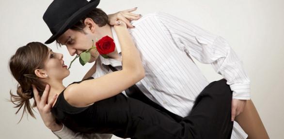 Поэтому сон, в котором женщина танцует вальс со своим любимым, предрекает ей скорую свадьбу и долгую счастливую жизнь.