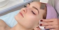 <b>Скидка до 68%.</b> Сеансы чистки, пилинга, RF-лифтинга лица, лечения акне вцентре косметологии Юлии Вороновой