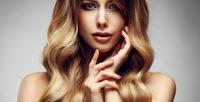<b>Скидка до 77%.</b> Стрижка, окрашивание, флисинг, коллагеновое обертывание, биоламинирование, кератиновое выпрямление волос вцентре красоты Brilliants