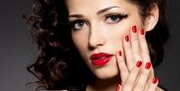 <b>Скидка до 60%.</b> Классический, европейский или комбинированный маникюр ипедикюр спокрытием ногтей гель-лаком встудии красоты Sunlight Beauty Studio