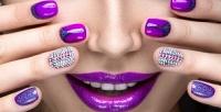 <b>Скидка до 75%.</b> Классический маникюр спокрытием гель-лаком или лаком идизайном ногтей отсалона красоты «Кудряшки»