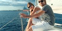 <b>Скидка до 62%.</b> Подарочный сертификат напарусную прогулку сбелым или красным парусом поозеру Шарташ вбудний либо выходной день для группы до4человек откомпании Rent-a-Boat