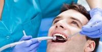 <b>Скидка до 82%.</b> Гигиена полости рта, отбеливание зубов или лечение кариеса сустановкой пломбы на1либо 2зуба встоматологии «Доктор Дент»