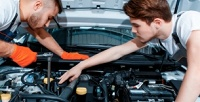 <b>Скидка до 76%.</b> Диагностика автомобиля, замена масла иохлаждающей жидкости, регулировка фар, замена колодок отавтосервиса «Подорожник Авто»