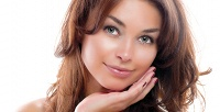 <b>Скидка до 84%.</b> RF-лифтинг лица, шеи изоны декольте или вакуумная чистка для молодой либо зрелой кожи вцентре аппаратной косметологии иэстетики «Роз»