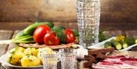 <b>Скидка до 52%.</b> Украинский ужин для двоих, четверых или шестерых человек либо пивной сет вресторане «Сковорода»