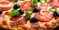 Весь ассортимент пиццы вкафе «Алина» соскидкой50%
