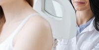 <b>Скидка до 52%.</b> Дерматоскопия иконсультация дерматолога или удаление новообразований вцентре врачебной косметологии «5шагов»
