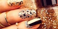 <b>Скидка до 72%.</b> Классический или аппаратный маникюр или педикюр спокрытием гель-лаком, массажем, дизайном ногтей или без встудии красоты «Нефертити»