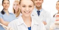<b>Скидка до 70%.</b> Гигиена полости рта, лечение кариеса сустановкой пломбы или эстетическое восстановление передних зубов вклинике Smile Clinic