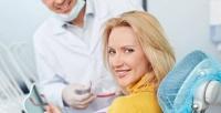 УЗ-чистка зубов сполировкой иконсультацией встоматологии «Алиса-Мед» (967руб. вместо 2250руб.)