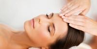 <b>Скидка до 68%.</b> 2или 4сеанса косметического массажа лица изоны декольте снанесением гиалуроновой маски либо без вмедицинском салоне «Алеана»