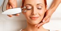 <b>Скидка до 80%.</b> Сеансы микротоковой терапии, RF-лифтинга, лифтинг-массажа лица ишеи встудии красоты K.Lab