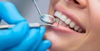 <b>Скидка до 70%.</b> Ультразвуковая чистка зубов, фторирование, комплексная профессиональная гигиена полости рта, отбеливание зубов посистеме Amazing White или лечение кариеса cустановкой пломбы в«Центре семейной стоматологии»