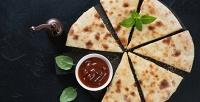 <b>Скидка до 50%.</b> Сытные или сладкие осетинские пироги отресторана доставки «Оладушки»
