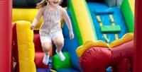 <b>Скидка до 52%.</b> 1, 2или 3часа посещения детской игровой площадки сдвухуровневым лабиринтом «Джунгли», надувным испортивным батутами, лего-стройкой иигрушками вдетском развивающем иразвлекательном центре «Джуманджи»