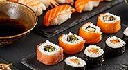 <b>Скидка до 60%.</b> Суши-сет навыбор отслужбы доставки японской кухни «Суши сити» соскидкой60%