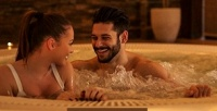 <b>Скидка до 72%.</b> Романтическое SPA-свидание для двоих навыбор всети салонов Diamond SPA