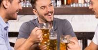 <b>Скидка до 50%.</b> 2, 4или 6пенных напитков сзакусками вбаре «Андеграунд»