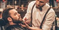 <b>Скидка до 60%.</b> Мужская стрижка без использования ножниц, коррекция бороды, стрижка убарбера встудии красоты «TarЗan Man»
