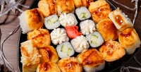 Роллы сдоставкой отсуши-бара «Кимоно» соскидкой50%