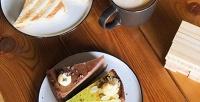 Кофе сдесертом для двоих вкофейне спанорамным видом нареку Кубань 7/12 Coffee (380руб. вместо 760руб.)