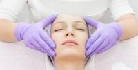 <b>Скидка до 72%.</b> 1, 2или 3сеанса плазмотерапии кожи лица иволос или избавления отакне вмедицинском центре «Земская больница»