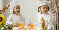 <b>Скидка до 65%.</b> Кулинарный мастер-класс для детей поприготовлению тортов ипирожных вкофейне Traveler's