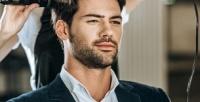 <b>Скидка до 55%.</b> Мужская или детская стрижка смытьем головы иукладкой, оформление бороды впарикмахерской «Бюро красивых услуг»