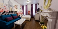 <b>Скидка до 40%.</b> Проживание вцентре Санкт-Петербурга вквест-апартаментах «Чеширский кот»