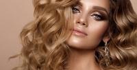 <b>Скидка до 55%.</b> Мужская или женская стрижка, окрашивание волос, макияж, укладка локонами всалоне «Сияние»