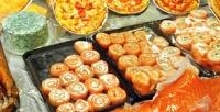 Всё меню пиццы ироллов вресторане «Токио Суши» или Via Veneto соскидкой50%