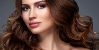 <b>Скидка до 53%.</b> Стрижка, окрашивание, укладка волос встудии красоты «Моника»