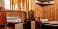 <b>Скидка до 58%.</b> Отдых сзавтраком вблагоустроенном номере, коттедже либо вдоме набазе отдыха «Айская долина»