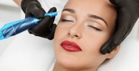 <b>Скидка до 78%.</b> Перманентный макияж губ, бровей или век либо коррекция иокрашивание бровей всалоне красоты «Леди»