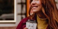 <b>Скидка до 50%.</b> Кофе, чай или горячий шоколад сдесертом ипортрет настакане вподарок вкофейне Sokol Coffee