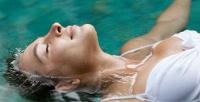 <b>Скидка до 92%.</b> Процедуры флоатинга собертыванием ирасслабляющим массажем или без всалоне красоты «Леди»