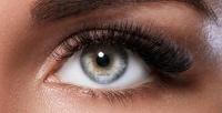 <b>Скидка до 70%.</b> Перманентный макияж, наращивание или ламинирование ресниц, архитектура иокрашивание бровей встудии красоты Yes