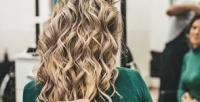 <b>Скидка до 83%.</b> Стрижка, укладка, окрашивание, ботокс, кератин или уход для волос вавторском SPA-салоне «Людмила бьюти»