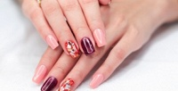 <b>Скидка до 65%.</b> Маникюр ипедикюр спокрытием, наращивание ногтей встудии красоты «Свободный стиль»