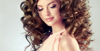 <b>Скидка до 55%.</b> Стрижка, кератиновое выпрямление, ламинирование или комплекс для восстановления волос всалоне красоты «Цвет`ОК»