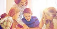 <b>Скидка до 72%.</b> Развивающие занятия вгруппе «Подготовка кшколе», «Шахматы для детей» или 8дней посещения группы продленного дня вдетском клубе «Апельсинки»