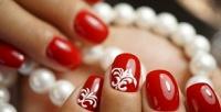<b>Скидка до 65%.</b> Женский или мужской маникюр ипедикюр спокрытием, наращивание ногтей гелем отстудии красоты «Карамель»