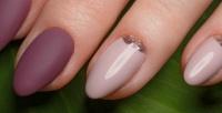 <b>Скидка до 61%.</b> Маникюр ипедикюр спокрытием гель-лаком идизайн двух ногтей вподарок всалоне красоты «Эля»