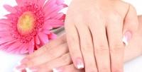 <b>Скидка до 70%.</b> Классический, европейский или комбинированный маникюр ипедикюр спокрытием гель-лаком идизайном ногтей всалоне красоты «Шик»
