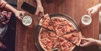 Пицца «Пивная» ибезлимитное количество пенных напитков вресторане 5Pizz (749руб. вместо 1498руб.)