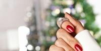 <b>Скидка до 71%.</b> Комбинированный маникюр ипедикюр спокрытием ногтей гель-лаком встудии красоты «Zефир»