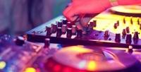 <b>Скидка до 59%.</b> Абонементы напосещение площадки обучения ипрактики диджеинга DJWorkshop встудии «#Нольвосемь»