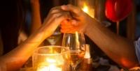 <b>Скидка до 51%.</b> Романтический ужин или десерт снапитком вресторане «Волга»