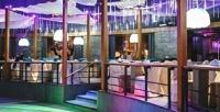 Блюда паназиатского, японского, европейского меню или напитки избарной карты втанцевальном ресторане Breeze РКKIN.UP